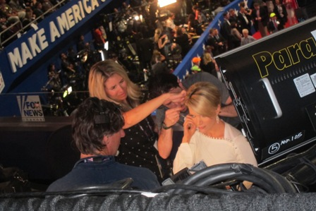 "A SPECIAL SURPRISE - PHOTOS OF MEGYN KELLY BEING "" TOUCHED UP"" BEFORE SHE GOES LIVE ON CAMERA !"